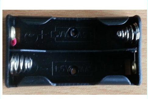 Batteri HOLDER til 2 x AA batterier