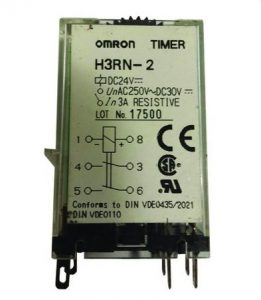 Relæ med Multi-funktions timerfunktioner - H3RN-21 til 12V (0.1 min to 10 h)