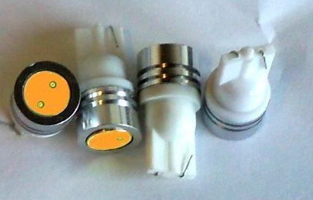 T10 LED pære - 12V/1W, Varm-Hvid til biler