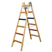 Wide-Rung Stepladder